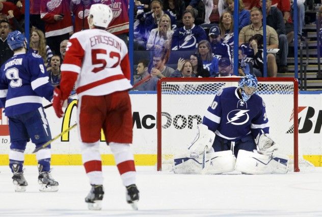 Le Lightning a connu un match frustrant samedi,... (Photo Dirk Shadd, Tampa Bay Times/AP)