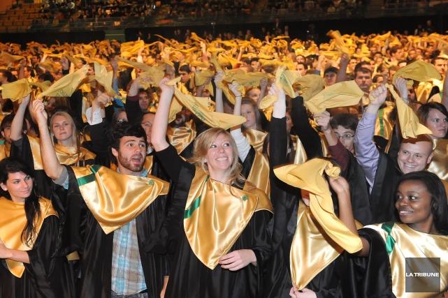 L'Estrie est la région où travaille le plus grand nombre de diplômés de... (Archives La Tribune)
