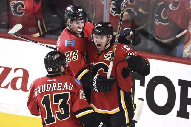 Si les Flames de Calgary veulent poursuivre leur conte de fées en séries... (USA TODAY Sports)