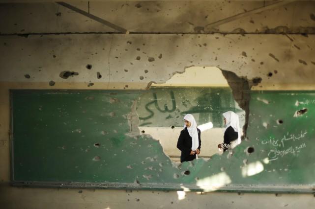 Des étudiantes sont vues dans une classe d'une... (PHOTO SUHAIB SALEM, ARCHIVESREUTERS)
