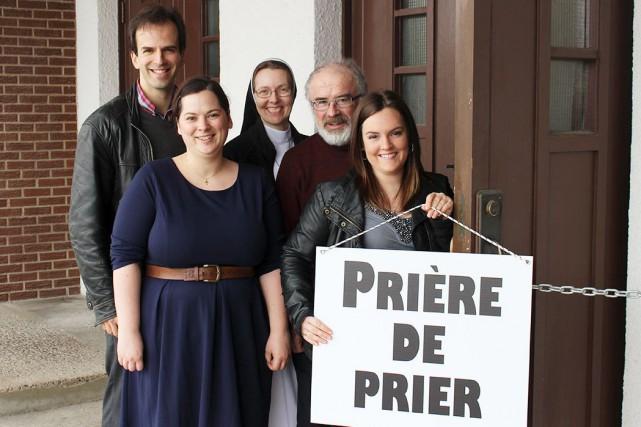 Sur la photo, des membres du comité organisateur... (Photo Église catholique de Québec)