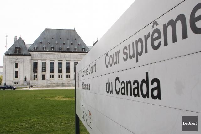 La décision de la Cour suprême dans la cause de l'école Rose-des-vents de la... (Photo Etienne Ranger, LeDroit)