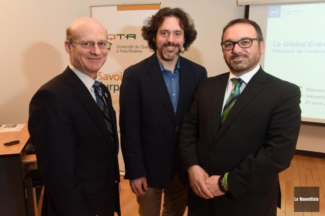 De gauche à droite: Robert Mantha, vice-recteur à... (Photo: François Gervais Le Nouvelliste)