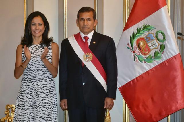 Le président du Pérou Ollanta Humala en compagnie... (Photo: AFP)