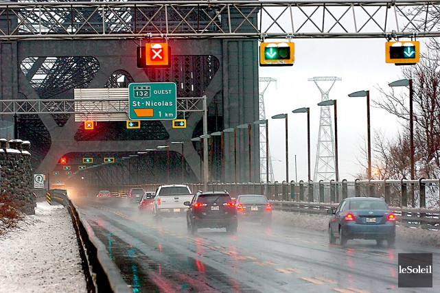 Le MTQ remplacera les feux de voies qui... (Photothèque Le Soleil, Jean-Marie Villeneuve)