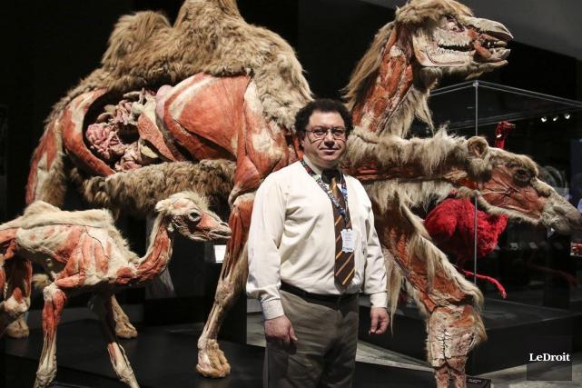 Pour Khamal Khidas, ce genre d'exposition permet de... (Patrick Woodbury, LeDroit)