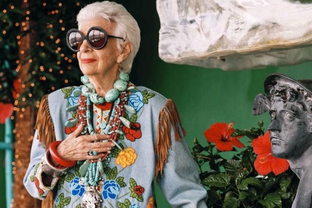 Iris Apfel, flamboyante reine du style dont la... (Photo: fournie par Docville)