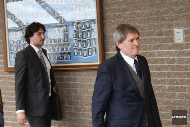 Les avocats de l'AGEFLESH Me Giuseppe Sciortino et... (La Tribune, René-Charles Quirion)