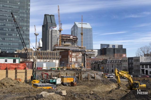 Globalement, l'économie de Montréal a connu une meilleure... (PHOTO ROBERT SKINNER, ARCHIVES LA PRESSE)