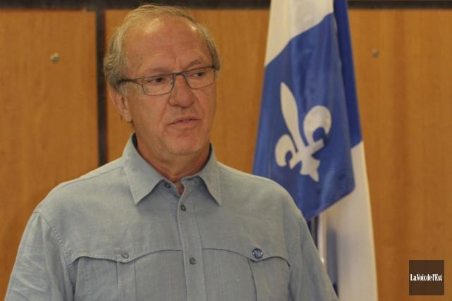 Le président de l'Association Québec-France, section Haute-Yamaska, Luc... (Photo Archives La Voix de l'Est)