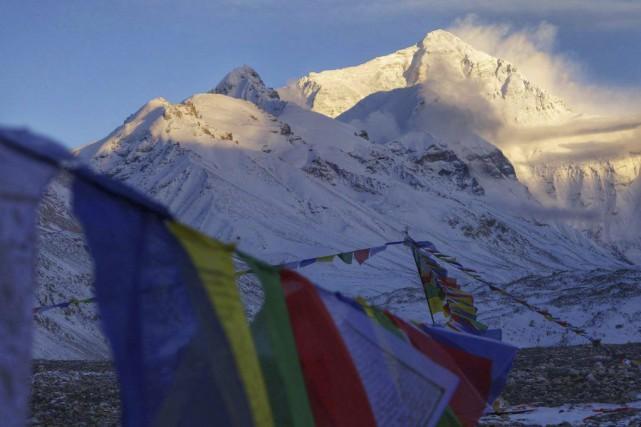 Plusieurs agences d'alpinisme ont indiqué que de nombreux... (Photo AP, Adrian Ballinger/Alpenglow Expeditions)
