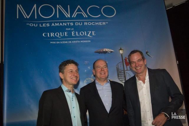 Le prince Albert de Monaco entouré deJeannot Painchaud,... (Photo Ivanoh Demers, La Presse)