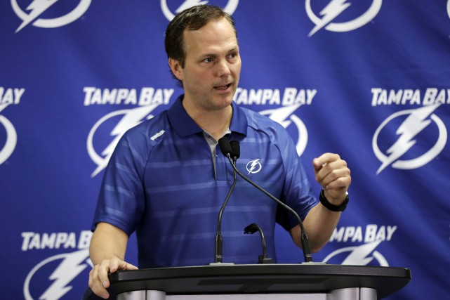 L'entraîneur du Lightning de Tampa Bay, Jon Cooper... (PHOTO ARCHIVES AP)