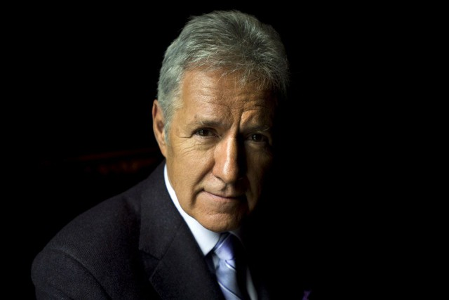 Alex Trebek sera de passage dans la région... (Archives, La Presse Canadienne)