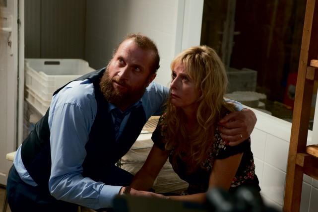 Rodolphe (François Damiens) et Gigi(Karin Viard), fermiers malentendants,... (photo fournie par les films séville)