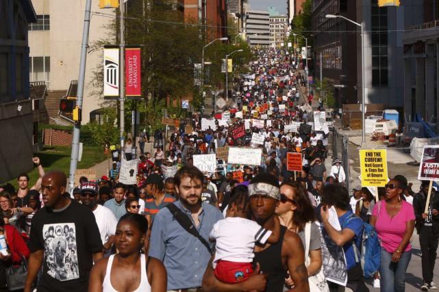 De 2000 à 3000 personnes se sont rassemblées... (PHOTO LUCAS JACKSON, REUTERS)