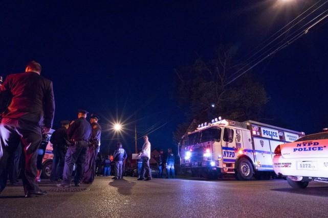 C'est le cinquième policier qui se fait tirer... (Photo Craig Ruttle, AP)