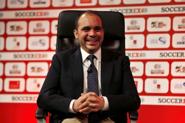 Le prince Ali de Jordanie est candidat à... (PHOTO MUHAMMAD HAMED, ARCHIVES REUTERS)
