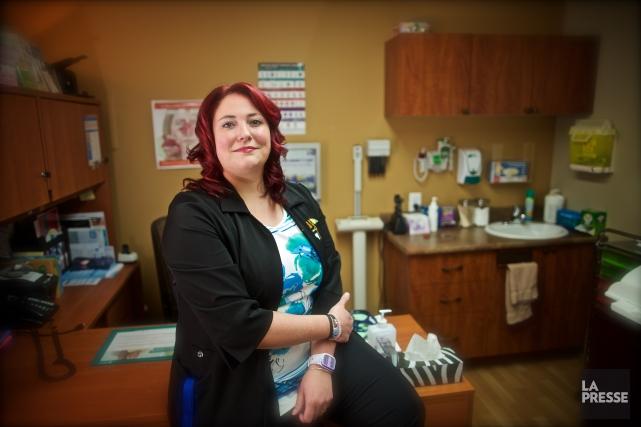 Karine Fontaine Lamoureux, 35 ans, est infirmière consultante... (PHOTO ANDRÉ PICHETTE, LA PRESSE)