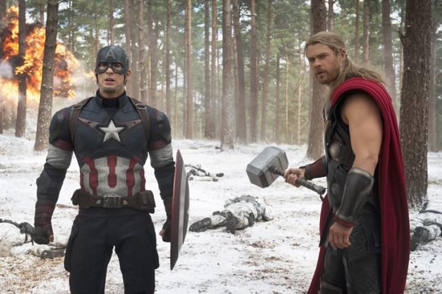 Les super-héros des Avengers: Age of Ultron ont déferlé en écrasant... (Photo: Marvel)