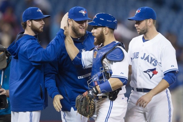 De gauche à droite: Drew Hutchison, Mark Buehrle,... (PHOTO DARREN CALABRESE, PC)