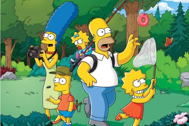 La famille Simpson continuera à faire vivre des aventures satiriques à ses... (Photo fournie par Fox)