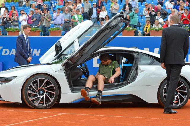 Andy Murray a reçu une voiture après avoir... (Photo Kerstin Joensson, AP)