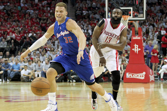 Blake Griffin, des Clippers de Los Angeles, et... (Photo Thomas B. Shea, USA Today)