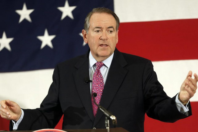 L'ex-gouverneur de l'Arkansas Mike Huckabee.... (PHOTO JIM COLE, ARCHIVES AP)