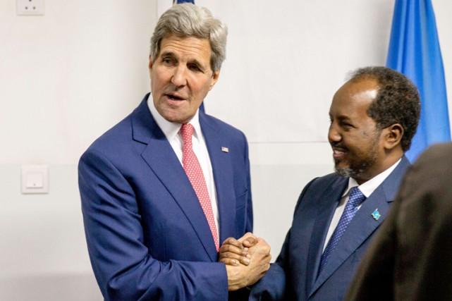 John Kerry est resté àl'aéroport de Mogadiscio, où... (Photo: AFP)