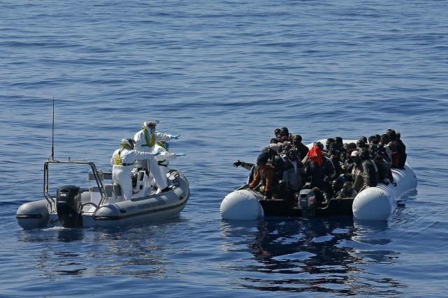 Selon un décompte partiel, plus de 1500 personnes... (PHOTO ARCHIVES AP)