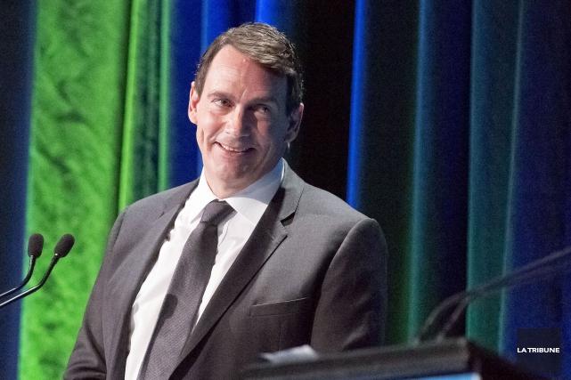 Le candidat à la chefferie du PQ, Pierre... (Archives La Tribune, Jocelyn Riendeau)
