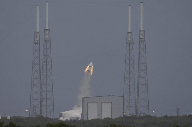 La capsule expérimentale non habitée, équipée de 270... (PHOTO SCOTT AUDETTE, REUTERS)