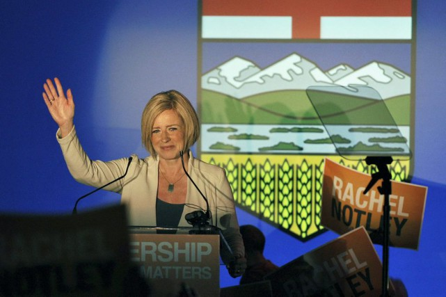 Rachel Notley... (PHOTO DAN RIEDLHUBER, REUTERS)