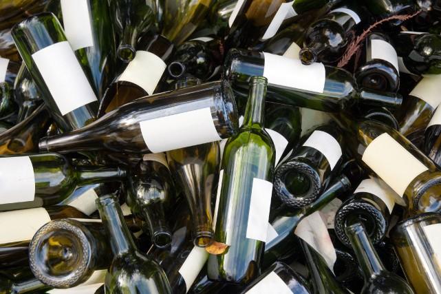 Selon le maire,la collecte du verre coûte 27000$... (Photo Thinkstock)