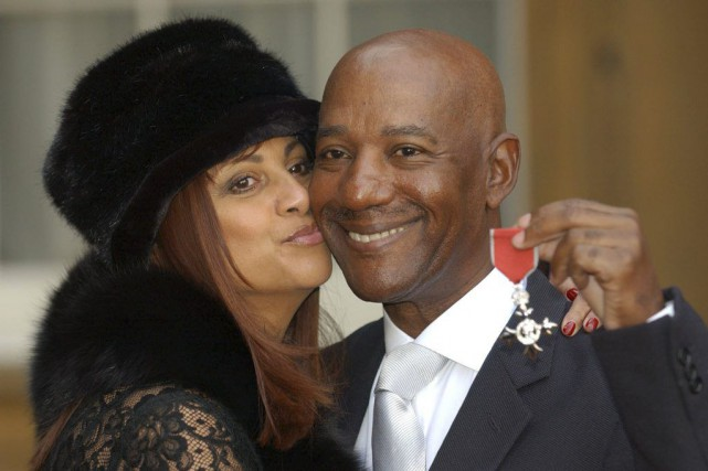 Errol Brown et sa femme Ginette en 2003.... (Photo: archives AFP)