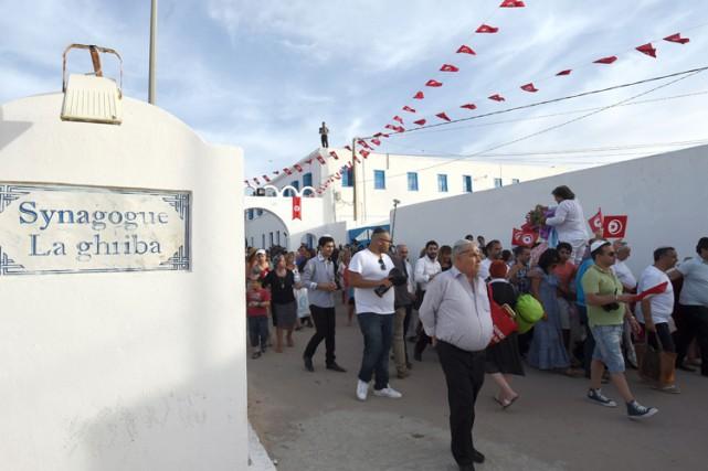 La Tunisie compte aujourd'hui près de 1500 juifs,... (Photo: AFP)