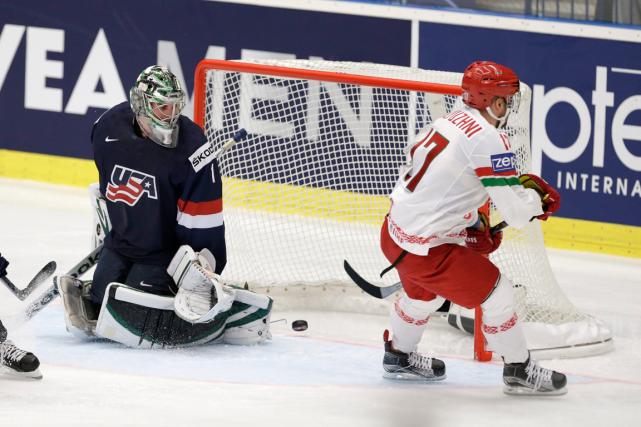 Le capitaine Alexei Kalyuzhny a marqué deux buts... (Photo Sergei Grits, AP)