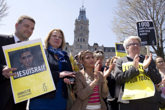 La femme de Raif Badawi, Ensaf Haidar, était... (PHOTO JACQUES BOISSINOT, LA PRESSE CANADIENNE)