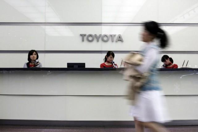 Après avoir été ébranlé par la crise financière... (Photo Eugene Hoshiko, AP)