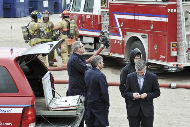 Les pompiers du service des incendies de Saguenay ont été dépêchés à la... (Rocket Lavoie)