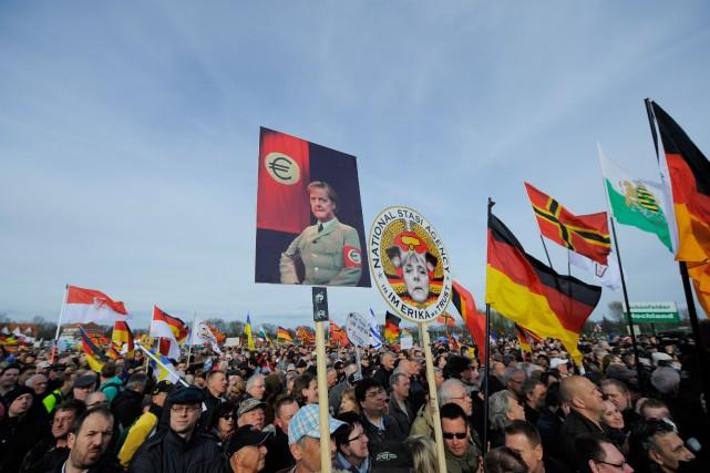 «La montée du populisme de droite témoigne du... (PHOTO ROBERT MICHAEL, ARCHIVES AGENCE FRANCE-PRESSE)