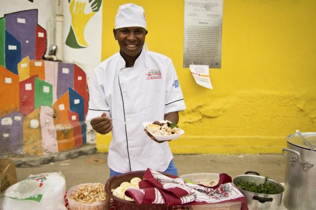 Avant de devenir cuistot, Gilson Fumaça faisait partie... (Photo Simon Coutu, collaboration spéciale)