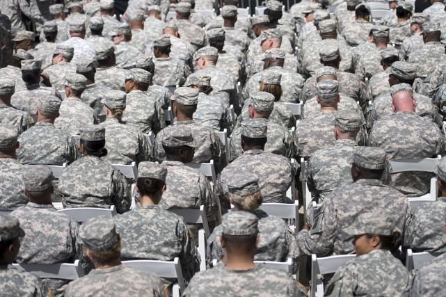 Face à une éventuelle menace terroriste, les militaires... (PHOTO BRENDAN SMIALOWSKI, ARCHIVES AFP)