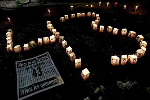 La disparition des 43 étudiants mexicains en septembre... (PHOTO HENRY ROMERO, ARCHIVES REUTERS)