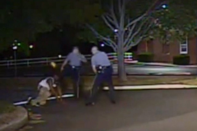 La vidéo d'une caméra de patrouille de police... (IMAGE ARCHIVES AP/DOVER POLICE)