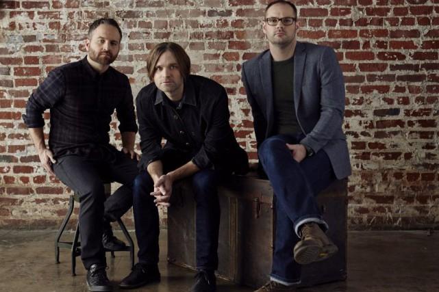 Ben Gibbard (au centre) et ses deux complices,... (Photo: fournie par Warner Music)