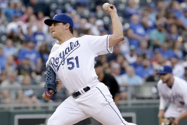 Jason Vargas... (Photo Charlie Riedel, AP)