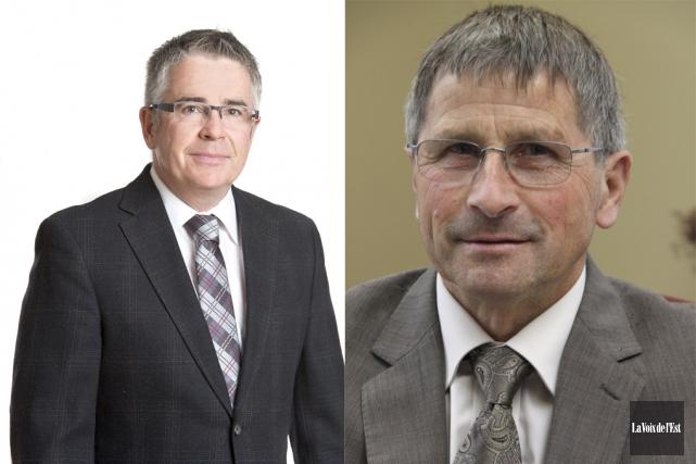 Le maire de Farnham Josef Hüsler etle maire... (Photos archives la voix de l'Est)