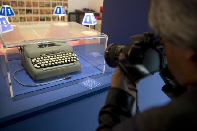 La machine à écrire Smith-Corona de l'écrivain Gabriel... (Photo Eitan Abramovich, AFP)